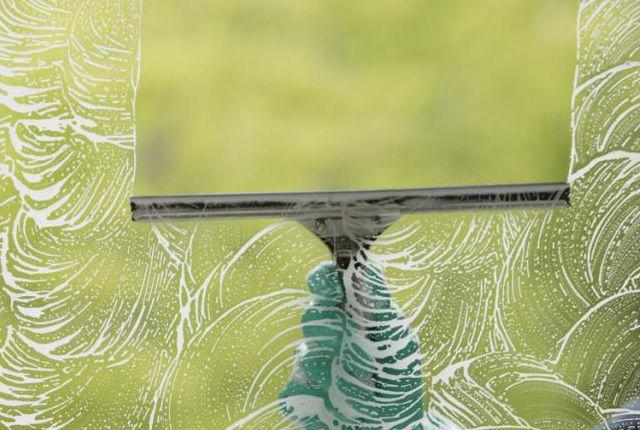 limpieza y lavado de ventanas en departamento, limpieza en casa, limpiador de vidrios, limpia cristalero